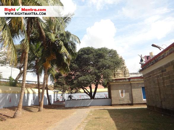 Madurantakam Eri Katha Ramar Temple 14
