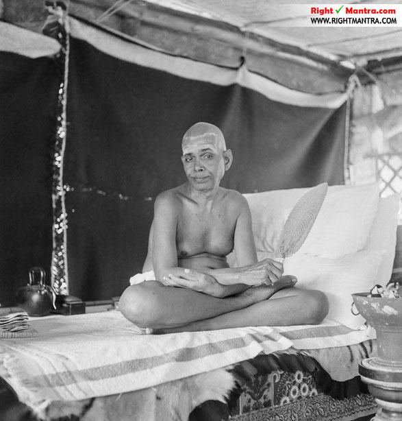 Bhagavan Ramanar Sitting