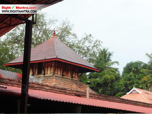 Kalady Krishnan Koil 7
