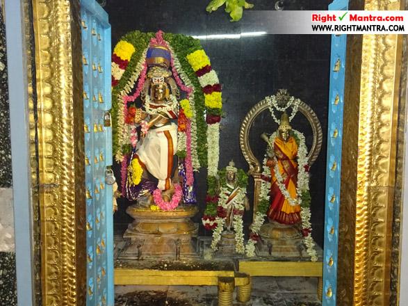 Gudiyatham Kasi Viswanadhar Temple 9