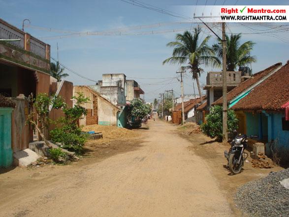 நரசிங்கபுரம் கிராமத்தின் தெரு...!