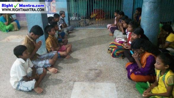 நமக்காக பிரார்த்திக்கும் தேவாரம் பயிலும் மாணவர்கள்!