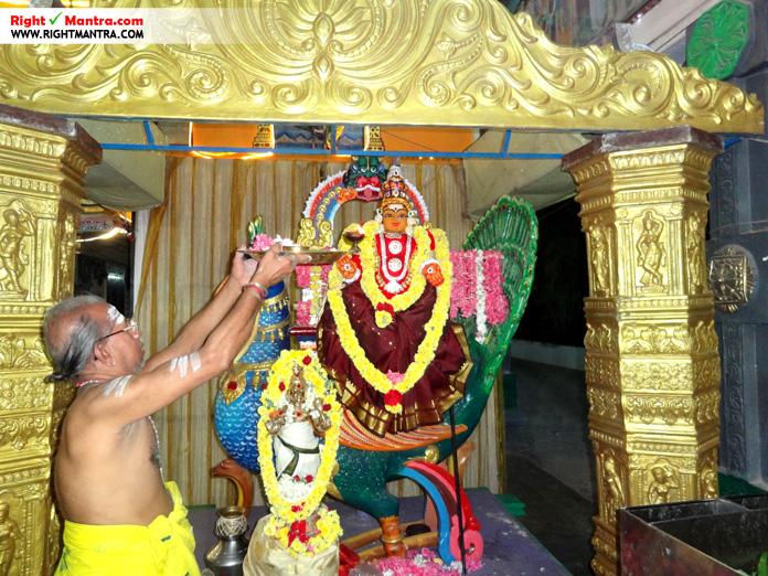 போரூர் பாலமுருகன் கந்தசஷ்டி முதல் நாள் அலங்காரம் - அம்பாளும் முருகனும்!